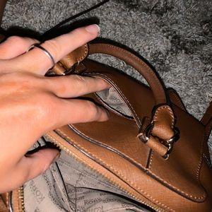 Michael Kors Bags - 👜Brown Michael Kors crossbody